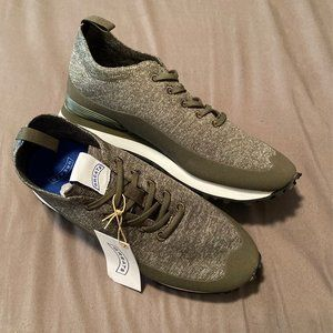 NWT Men's Greats Lace Up Sneakers Lightweight 7